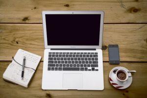 komputer-pisz-bloga