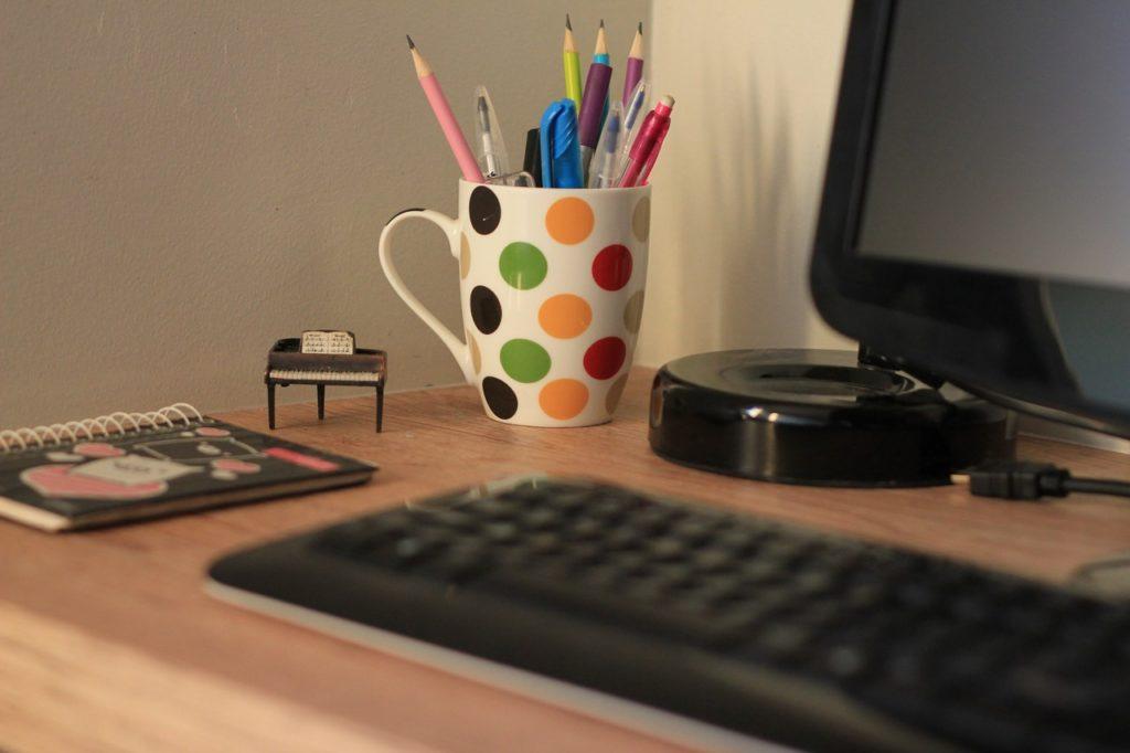 Dlaczego warto skorzystać z wirtualnego biura?